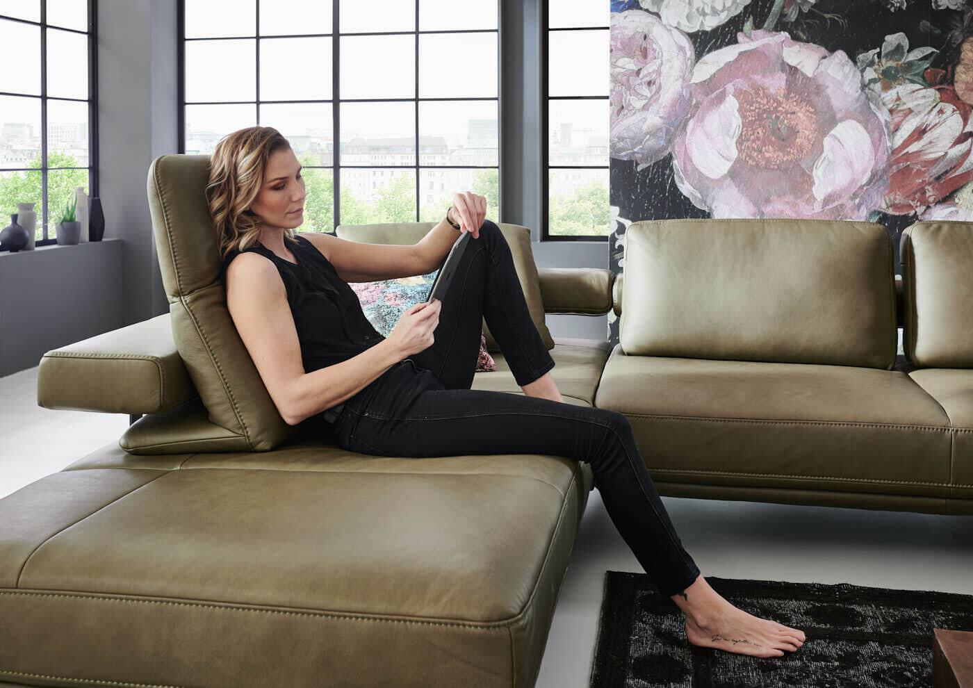 Com4Lux Sofa Sunrose Sitzposition