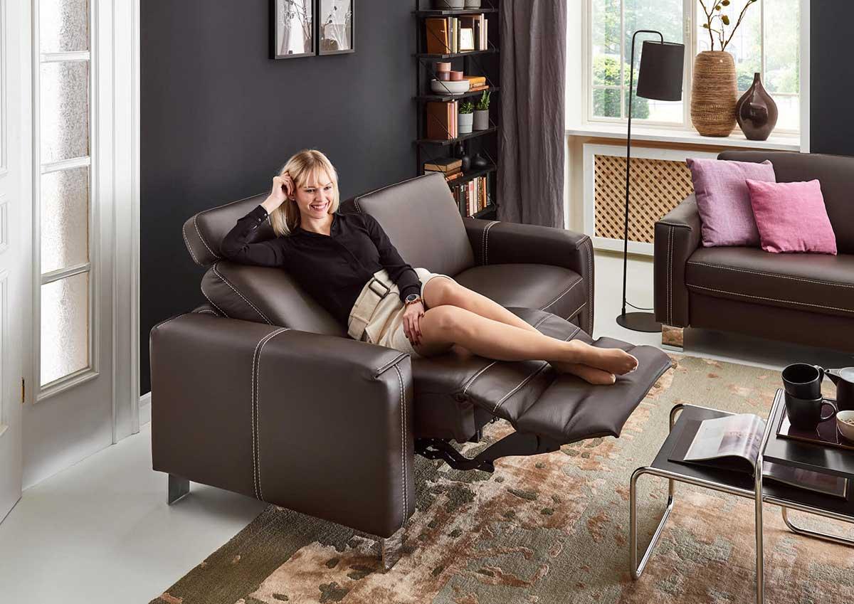 sofa-com4concept-braun-liegefunktion